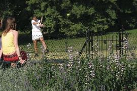 girl-forehand